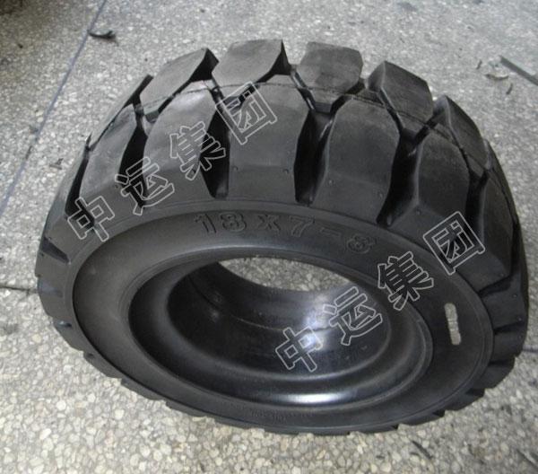 装载机实心轮胎