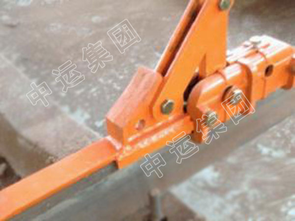 HS型滑动升降式月牙挡车器