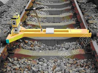 铁路起拨道激光指示器