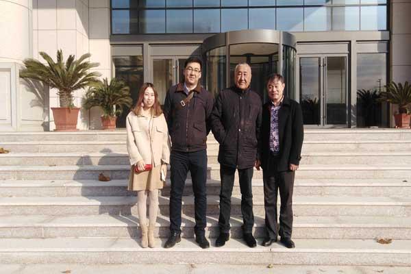 热烈欢迎哈萨克斯坦客商莅临中运智能机械(烟台)股份有限公司参观采购