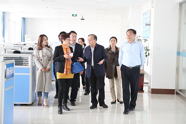 热烈欢迎济宁学院领导一行莅临集团参观考察