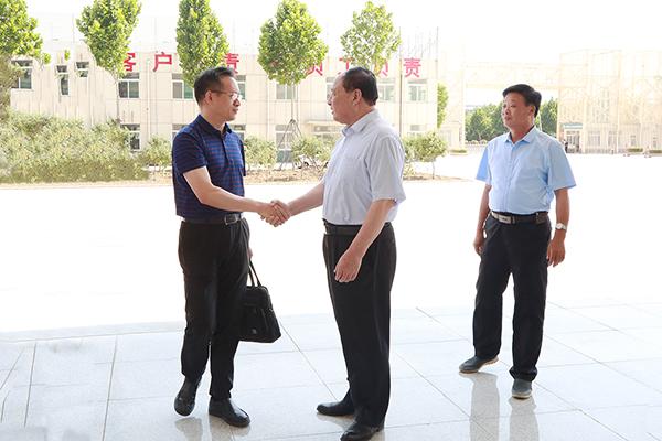 热烈欢迎济宁市退役军人事务局领导莅临集团参观考察