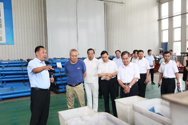 热烈欢迎济宁市儒家文化与企业发展协会领导及企业家们莅临集团参观指导