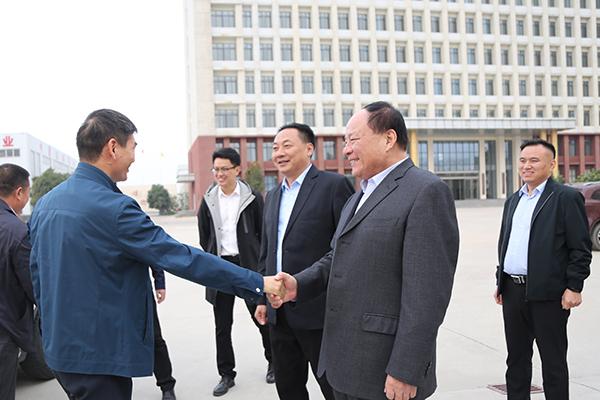 热烈欢迎济宁市工业和信息化局领导莅临集团参观指导