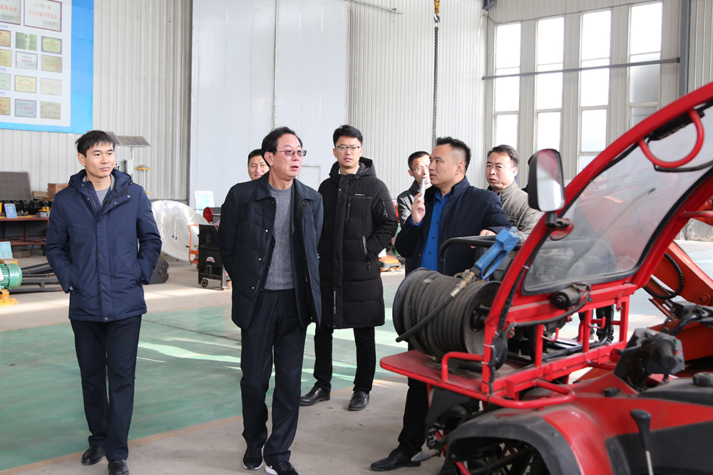 热烈欢迎山东省工信厅领导莅临集团参观指导