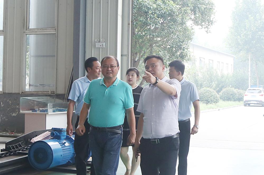 热烈欢迎邯郸钢铁集团领导一行莅临集团考察合作